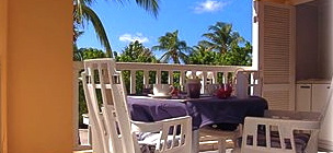 thumb_studio-le-voyageur-a-private-condo-less-than-2-km-1-miles-from-marigot-st-martin-on-the-french-side-beautyful-studio-apartment-located-on-a-saltwater-beach-lagoon-surrounded3